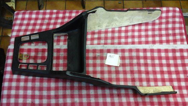 Cabrio Mittelkonsole mit Ausschnitte für eFh