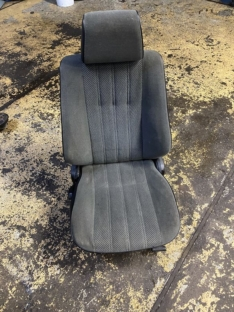 Beifahrersitz 6 Zylinder